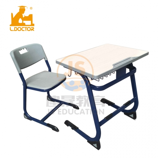 Modern School furntiure manufacturers desks and chairs for sale