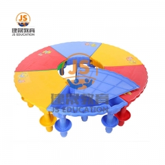 Toy sand and water play table